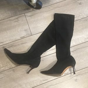 ⭐️Suede manolo boots⭐️